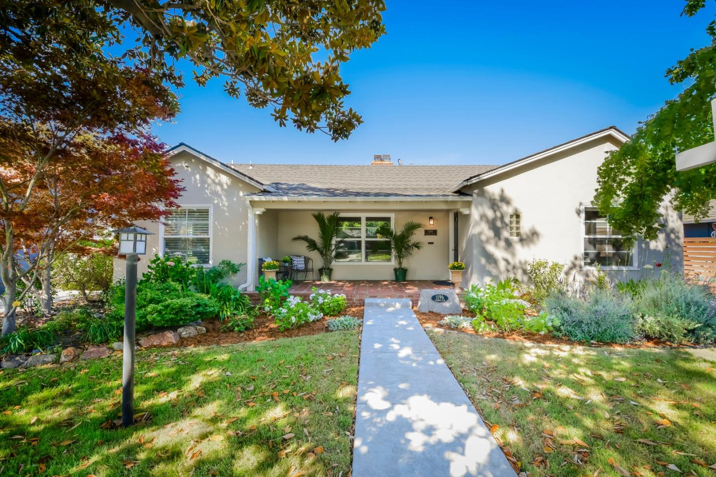 Detail Gallery Image 1 of 1 For 1196 Carolyn Ave, San Jose,  CA 95125 - 3 Beds | 2/1 Baths