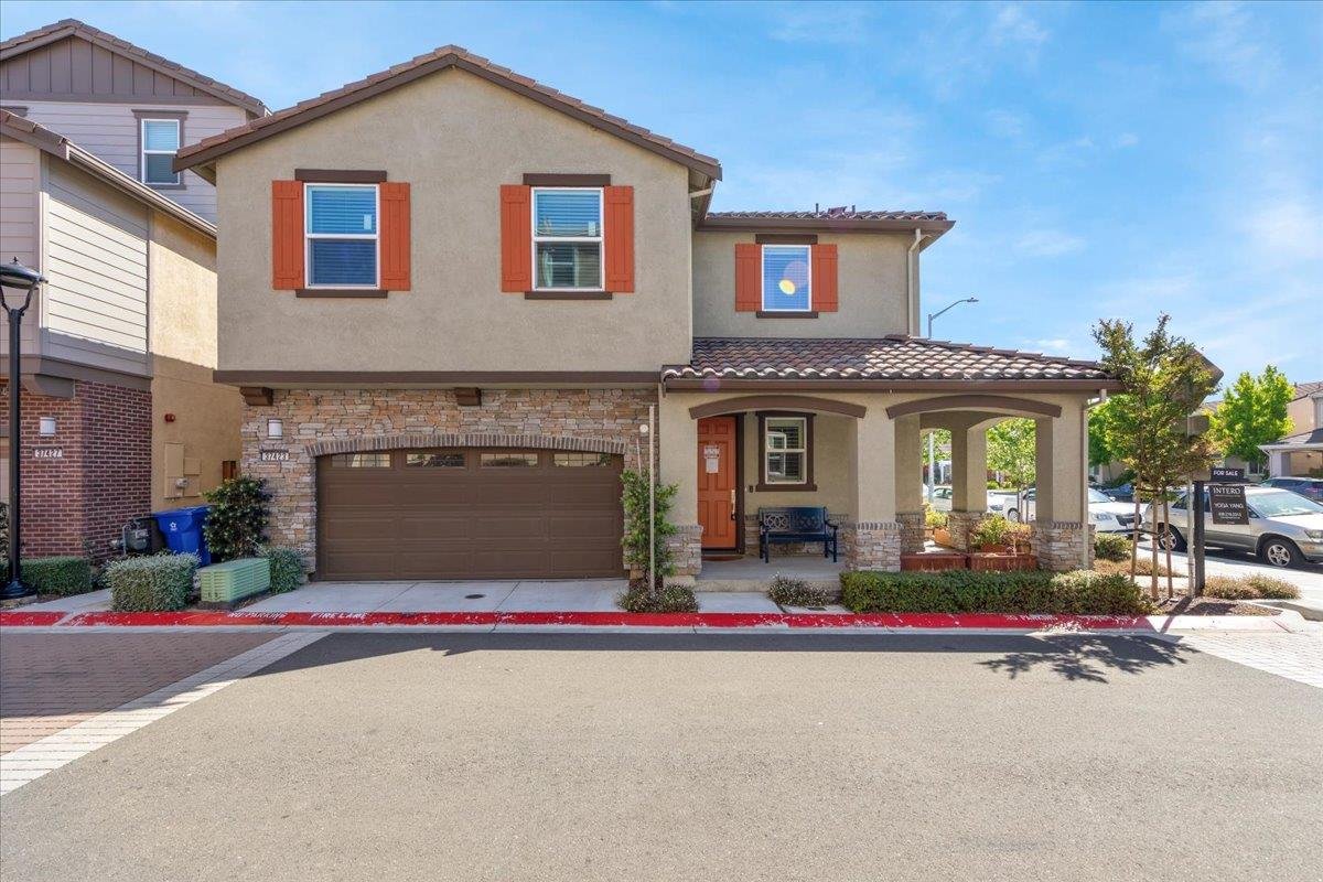 Detail Gallery Image 1 of 1 For 37423 Talamore Cmn, Fremont,  CA 94536 - 4 Beds   3/1 Baths