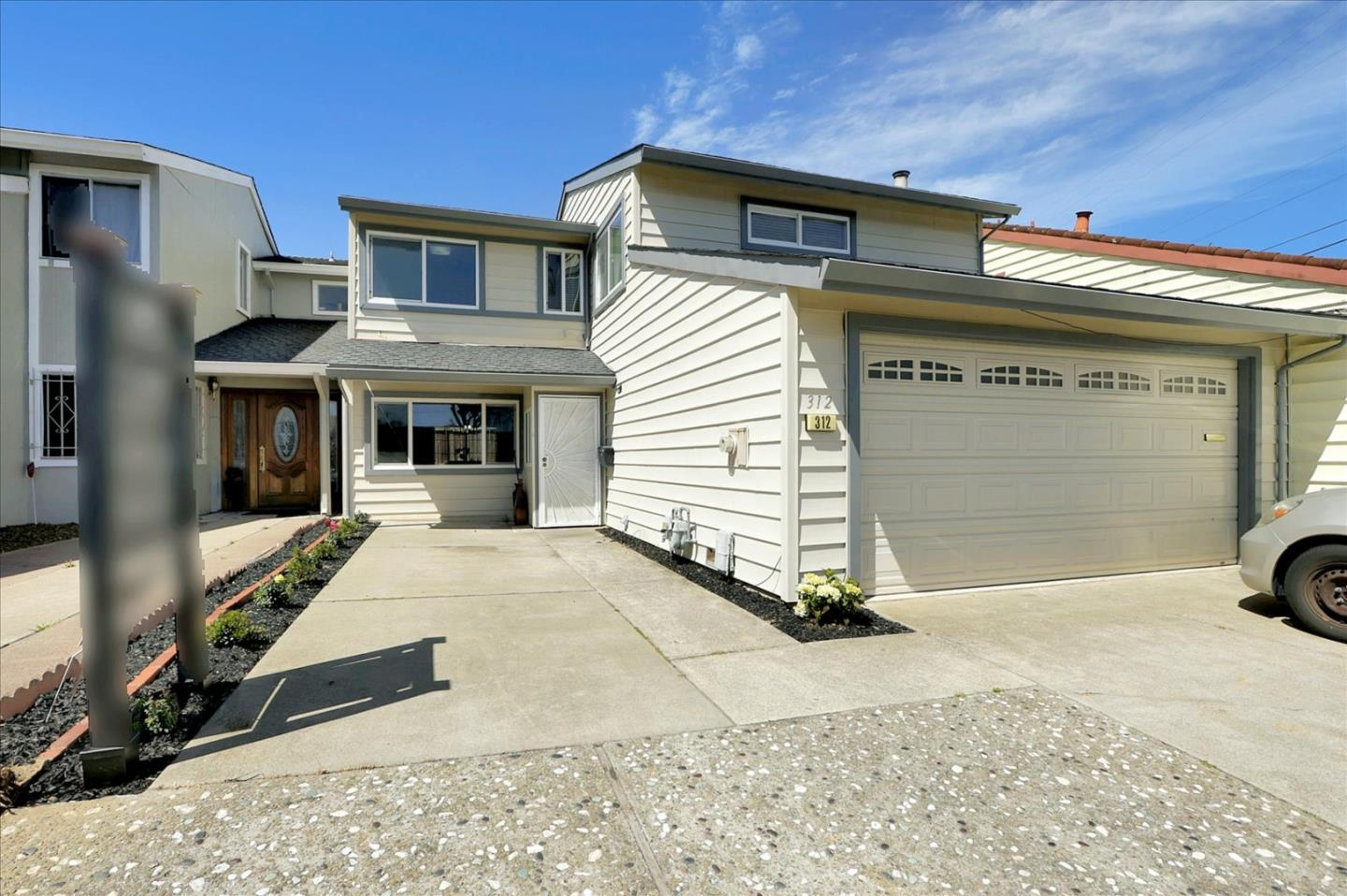 Detail Gallery Image 1 of 1 For 312 Alta Loma Ave, Daly City,  CA 94015 - 4 Beds | 2/1 Baths