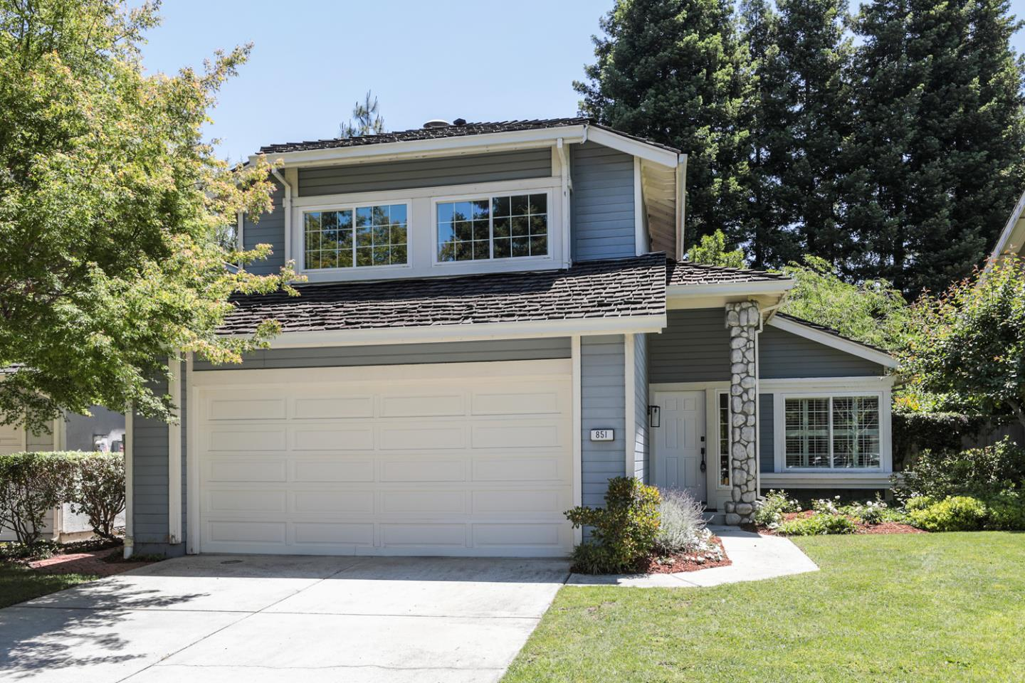 Detail Gallery Image 1 of 1 For 851 Whitehall Ln, Redwood City,  CA 94061 - 3 Beds | 2/1 Baths