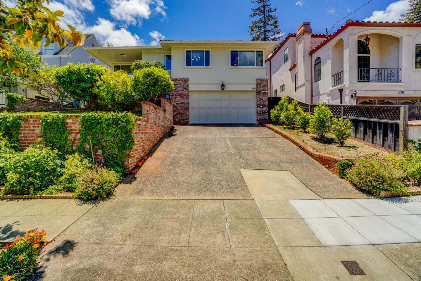 Detail Gallery Image 1 of 1 For 1465 Benito Ave, Burlingame,  CA 94010 - 3 Beds | 2 Baths