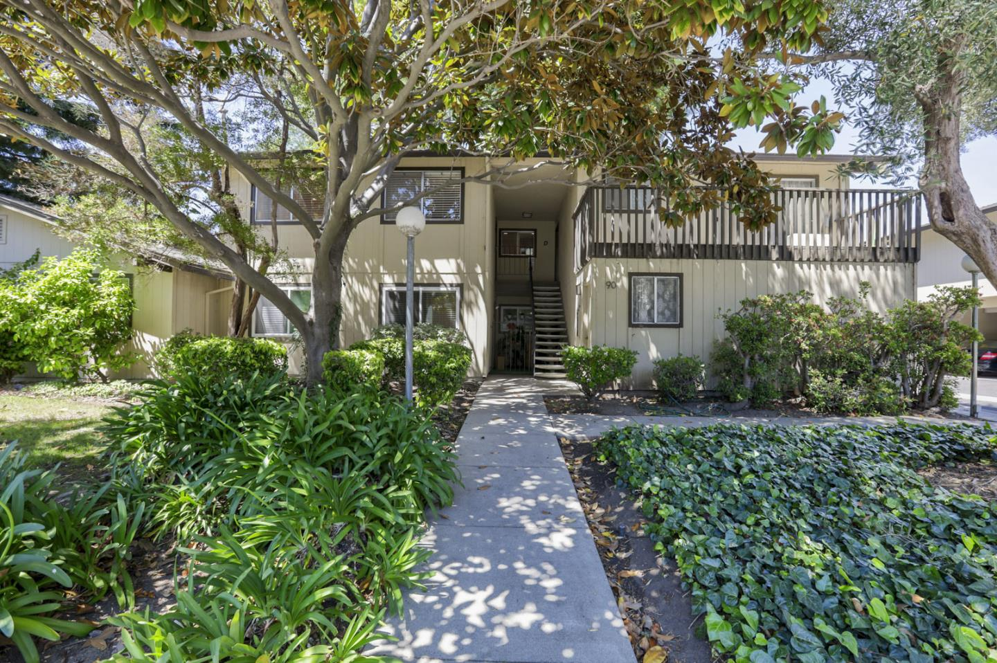 Detail Gallery Image 1 of 1 For 90 Flynn Ave #C,  Mountain View,  CA 94043 - 2 Beds   1 Baths