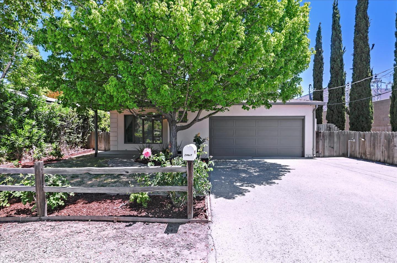 Detail Gallery Image 1 of 21 For 2067 Ashton Ave, Menlo Park,  CA 94025 - 3 Beds | 1 Baths