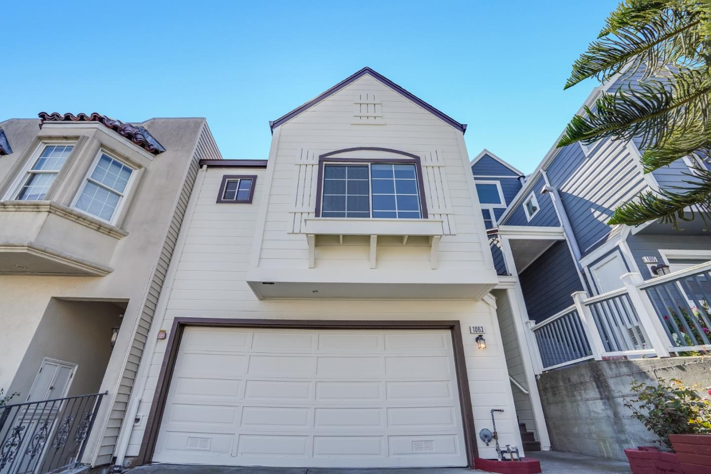 Detail Gallery Image 1 of 1 For 1063 Schwerin St, Daly City,  CA 94014 - 4 Beds | 3/1 Baths