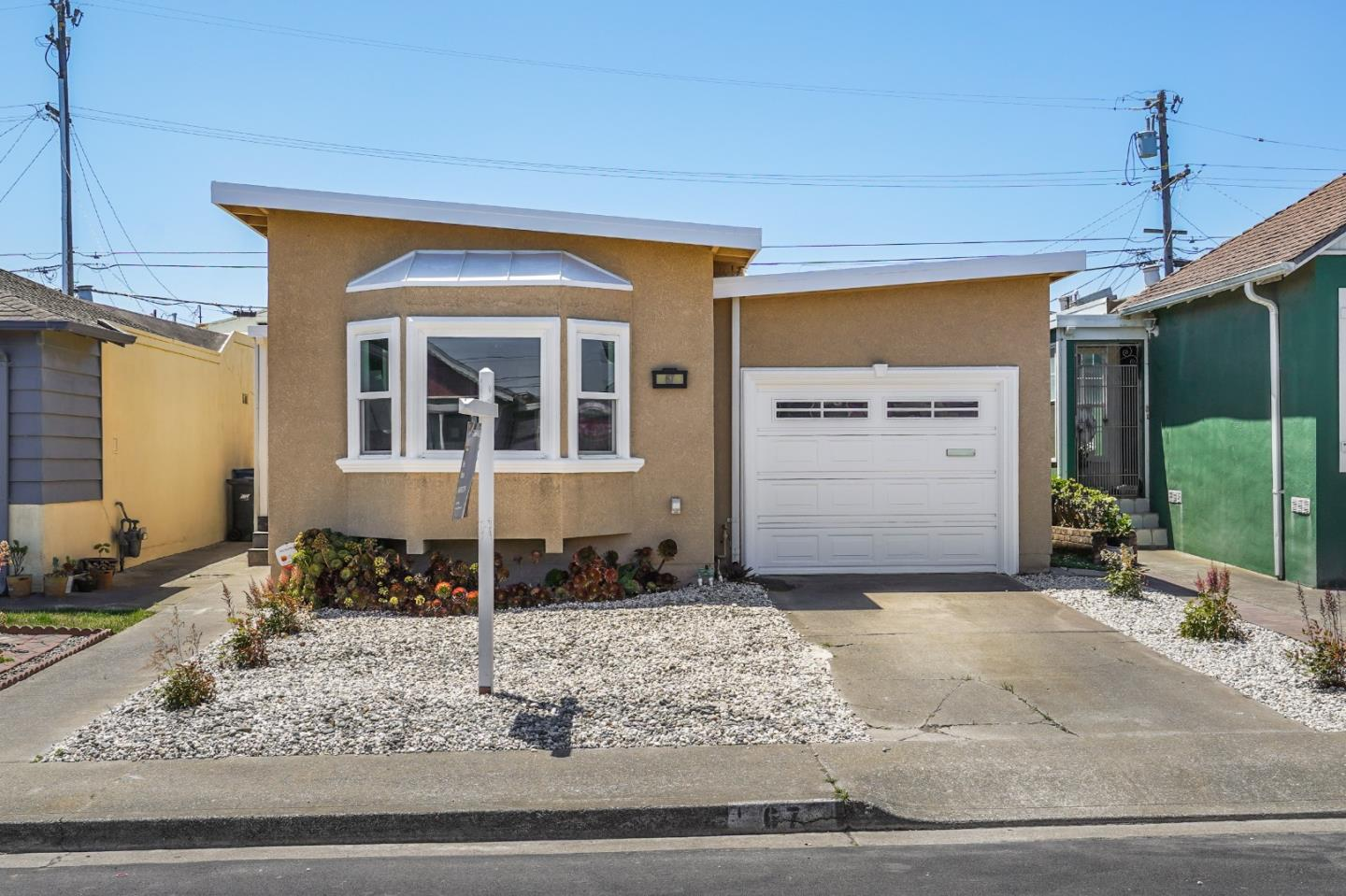 Detail Gallery Image 1 of 28 For 67 Carmel Ave, Daly City,  CA 94015 - 4 Beds   2 Baths