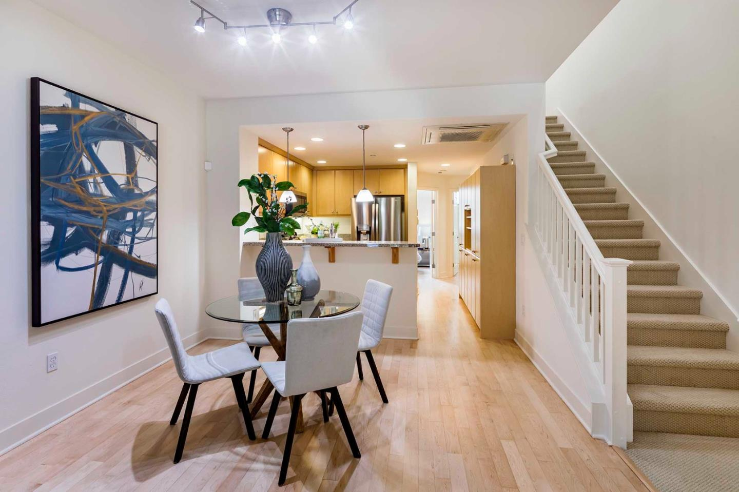 Detail Gallery Image 1 of 22 For 3719 Heron Way, Palo Alto,  CA 94303 - 3 Beds   3 Baths