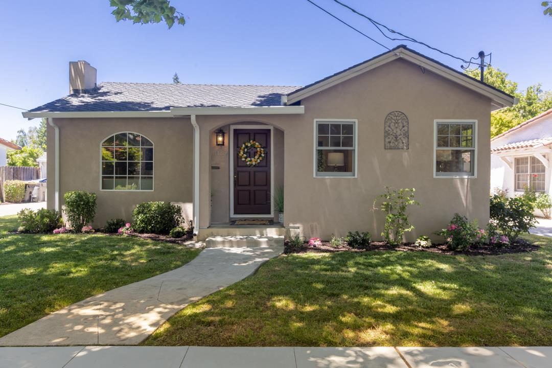 Detail Gallery Image 1 of 1 For 1129 Willow Glen Way, San Jose,  CA 95125 - 3 Beds | 2 Baths