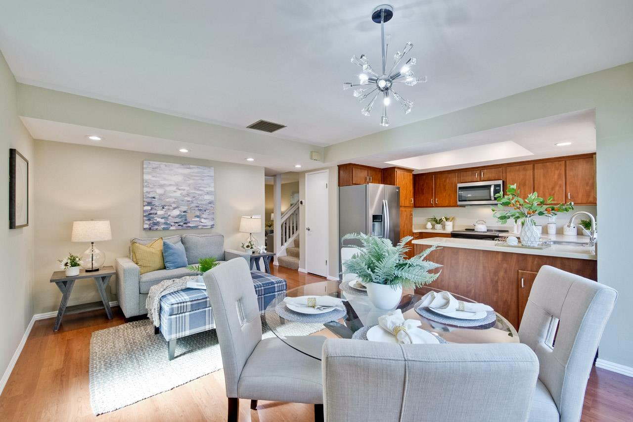 Detail Gallery Image 1 of 1 For 14 Moonbeam Dr, Mountain View,  CA 94043 - 3 Beds | 2/1 Baths