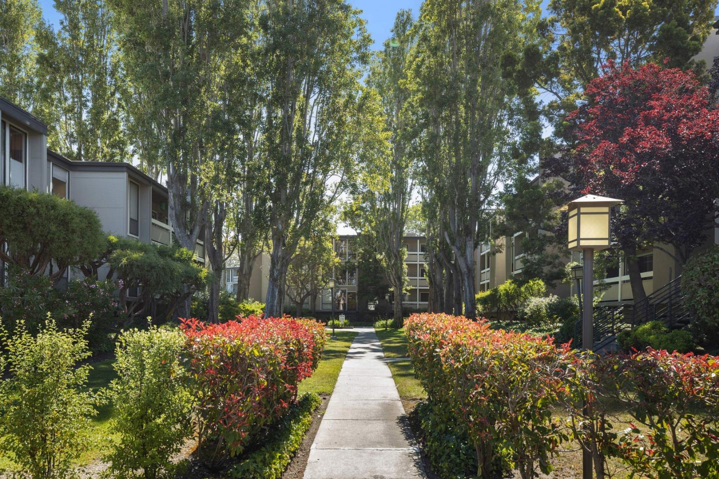 Detail Gallery Image 1 of 35 For 1171 Compass Ln #216,  Foster City,  CA 94404 - 2 Beds | 2 Baths