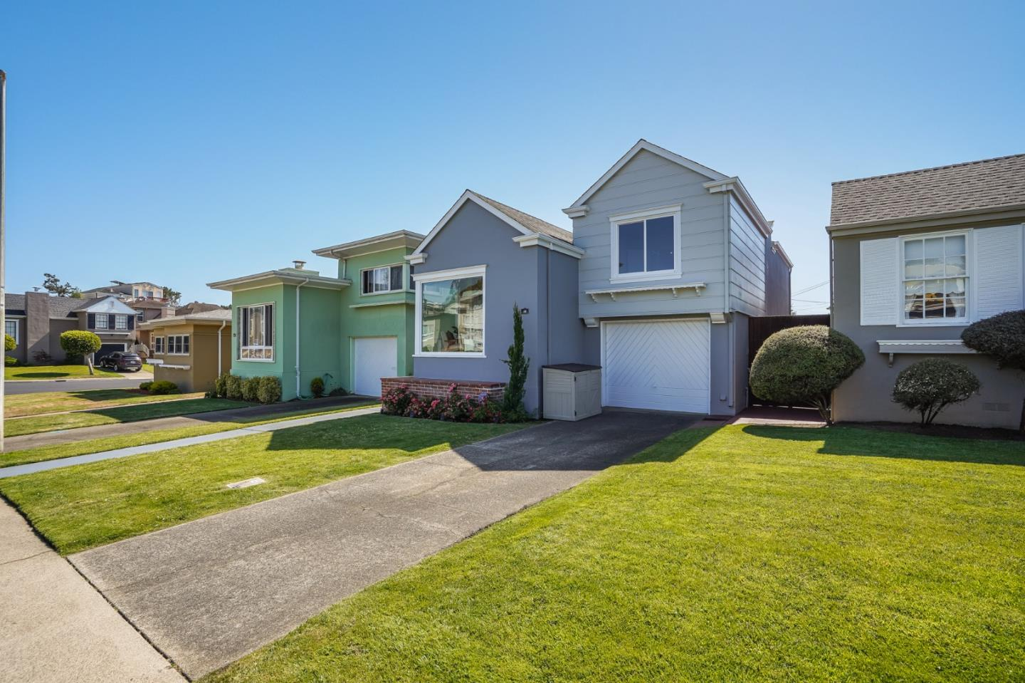 Detail Gallery Image 1 of 1 For 49 Sheffield Dr, Daly City,  CA 94015 - 2 Beds | 1/1 Baths