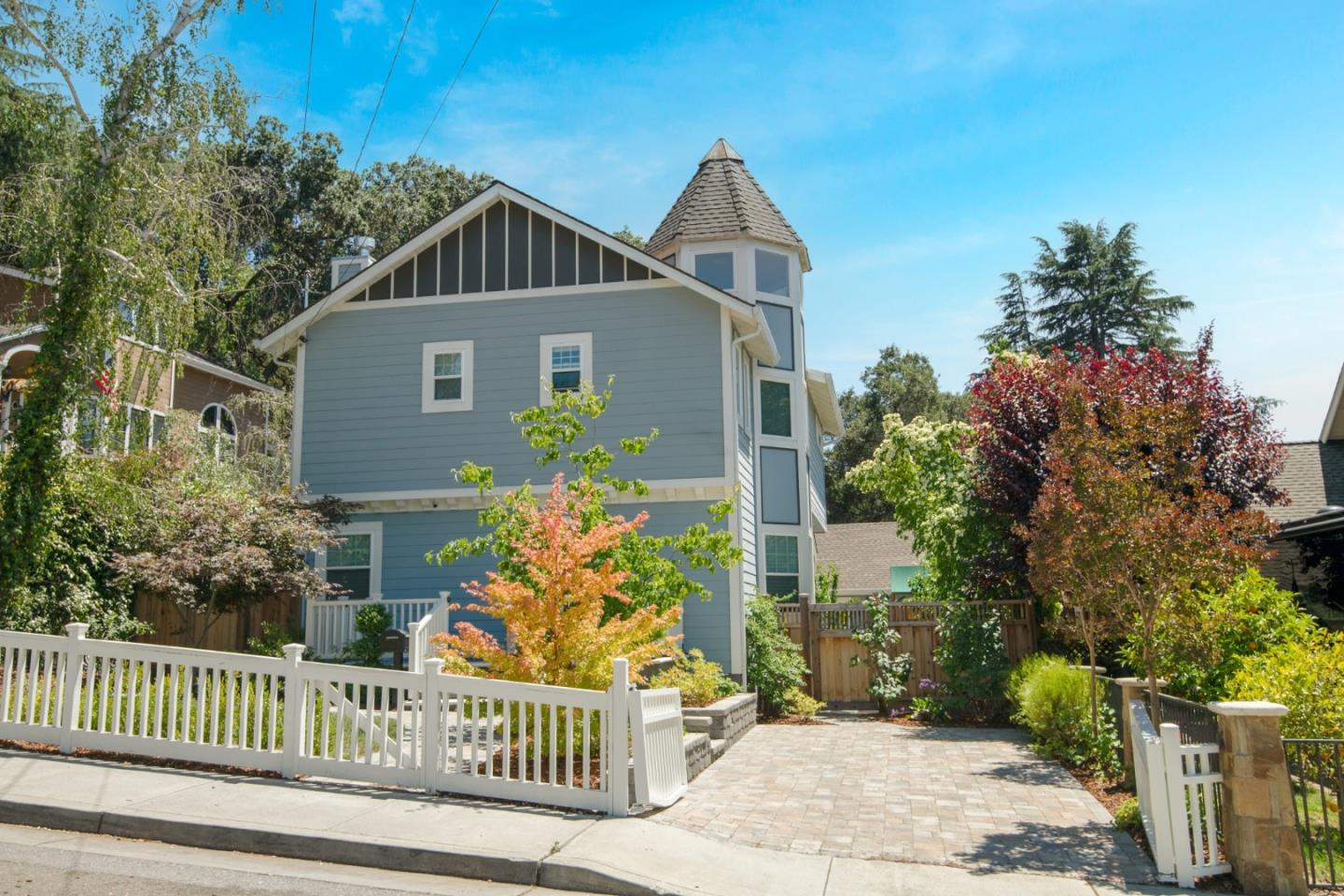 Detail Gallery Image 1 of 1 For 146 New York Ave, Los Gatos,  CA 95030 - 4 Beds   2/1 Baths