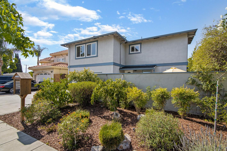 1453 Hillsdale AVE San Jose CA 95118