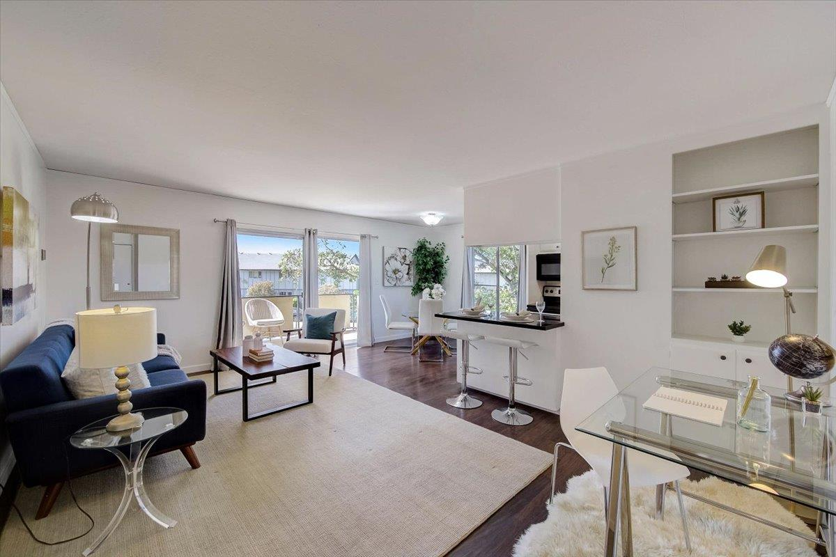 Detail Gallery Image 1 of 1 For 3090 Los Prados St #6,  San Mateo,  CA 94403 - 1 Beds | 1 Baths