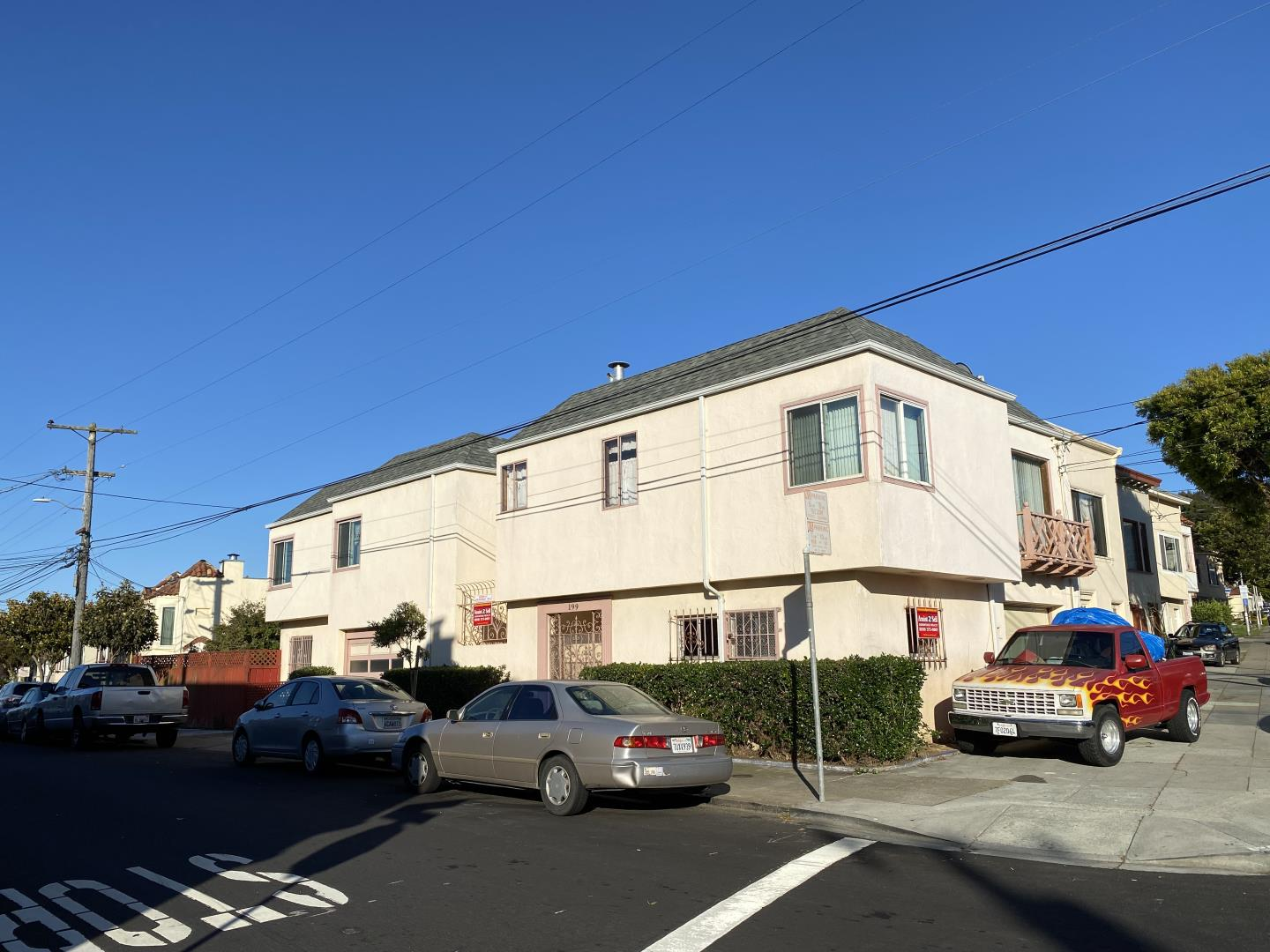 Detail Gallery Image 1 of 1 For 199 Irvington St, Daly City,  CA 94014 - 3 Beds | 2 Baths