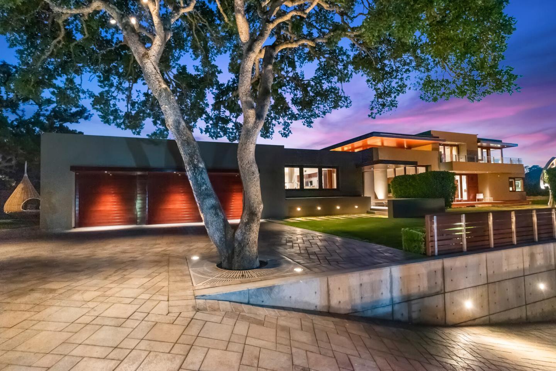 24301 Elise CT Los Altos Hills CA 94024