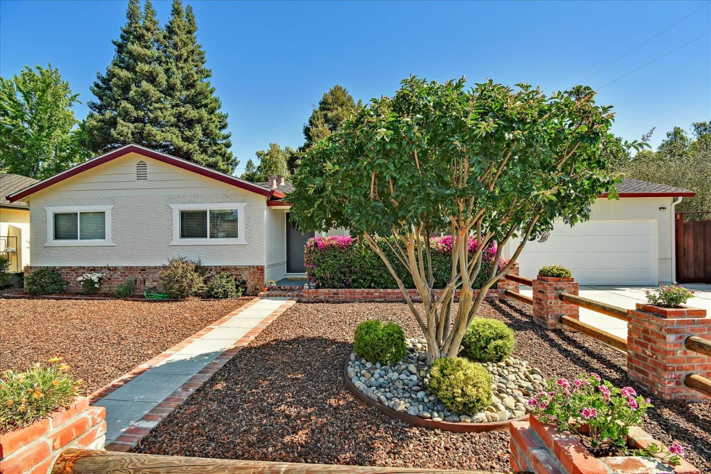 378 Flynn AVE Mountain View CA 94043