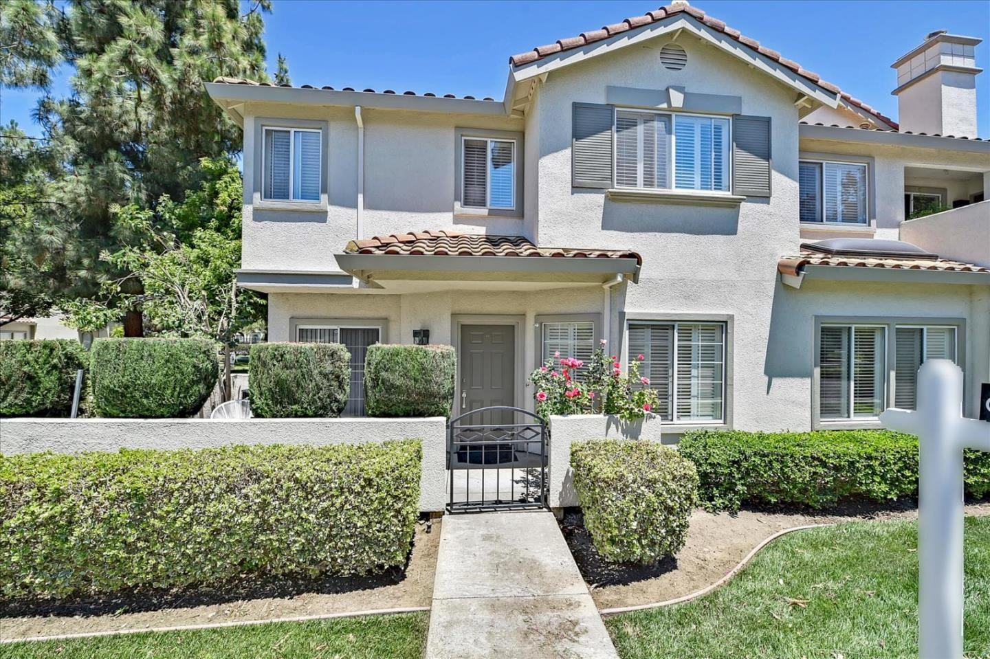 Detail Gallery Image 1 of 1 For 1311 Starglo Pl, San Jose,  CA 95131 - 3 Beds | 2/1 Baths