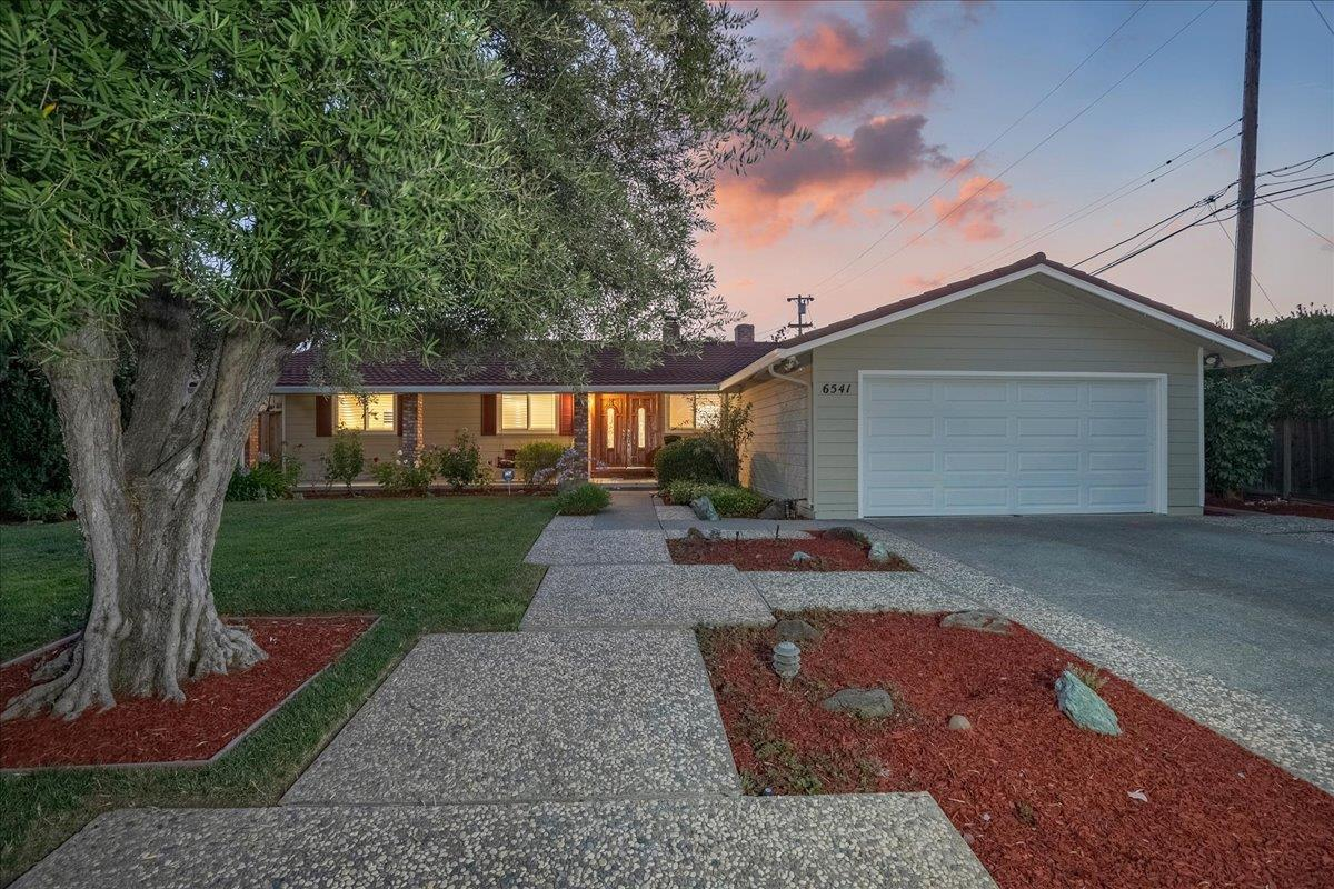 Detail Gallery Image 1 of 1 For 6541 Bose Ln, San Jose,  CA 95120 - 4 Beds   2 Baths