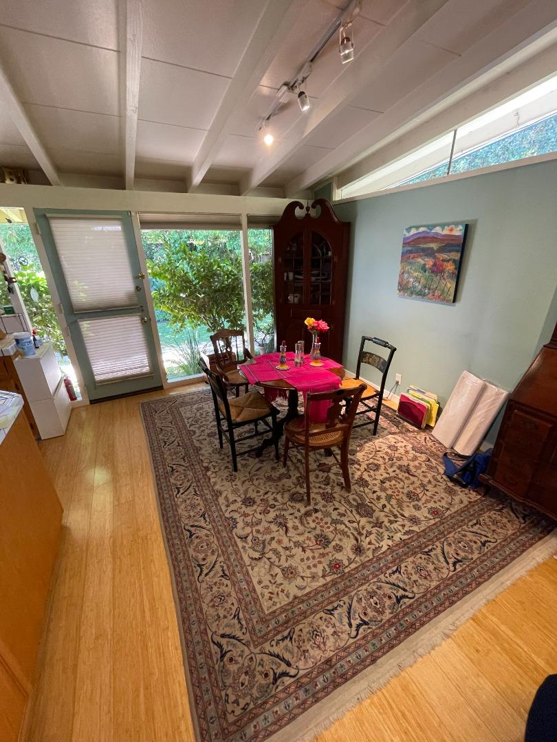Detail Gallery Image 1 of 1 For 1081 Moreno Ave, Palo Alto,  CA 94303 - 3 Beds   2 Baths