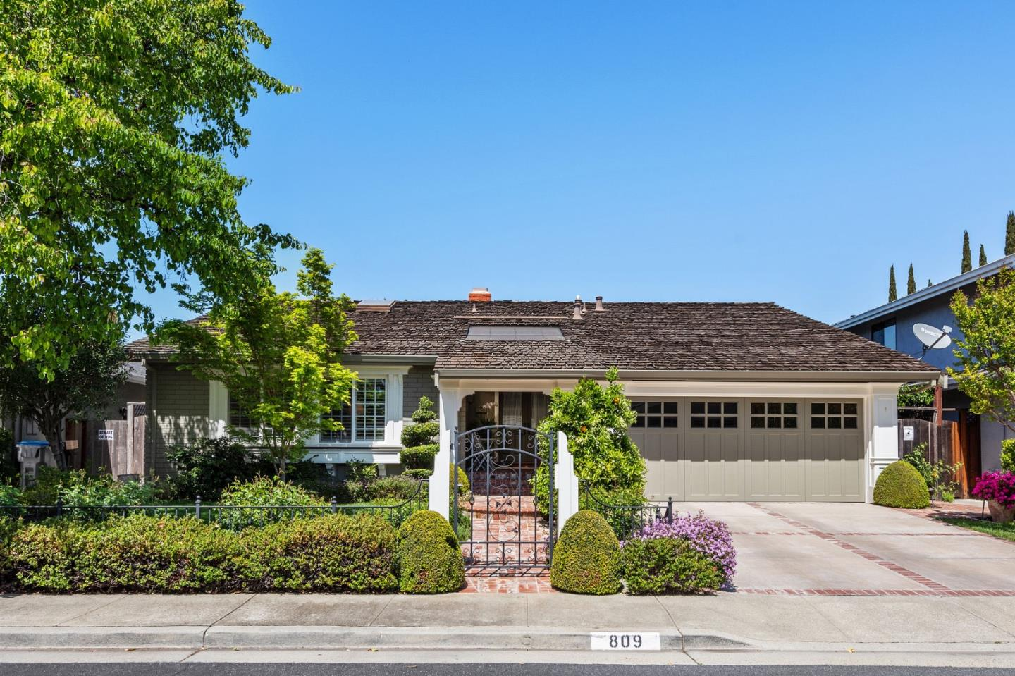 Detail Gallery Image 1 of 1 For 809 Buckwood Ct, San Jose,  CA 95120 - 4 Beds | 2 Baths