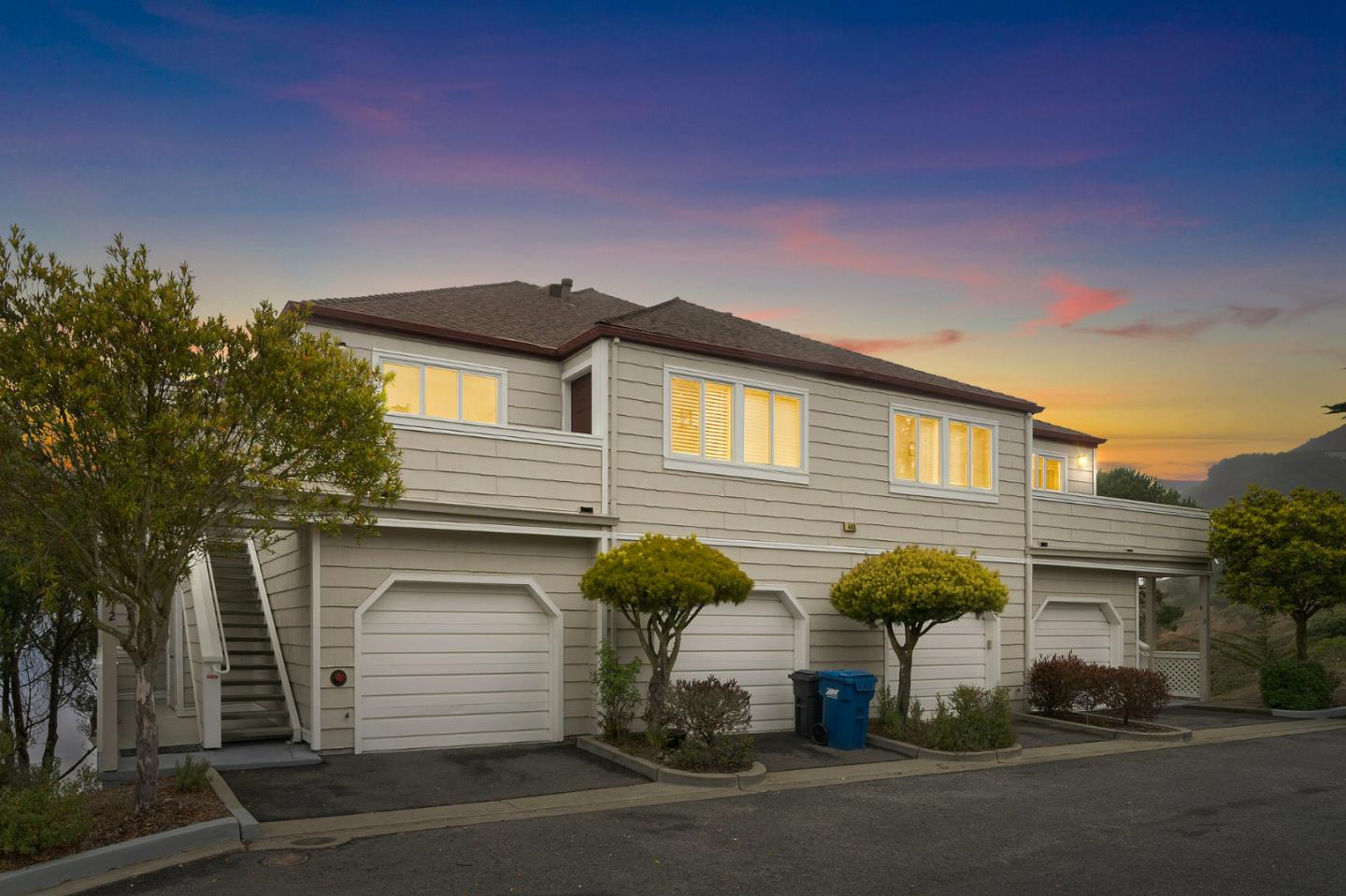 Detail Gallery Image 1 of 1 For 440 Pointe Pacific #2,  Daly City,  CA 94014 - 3 Beds   2/1 Baths