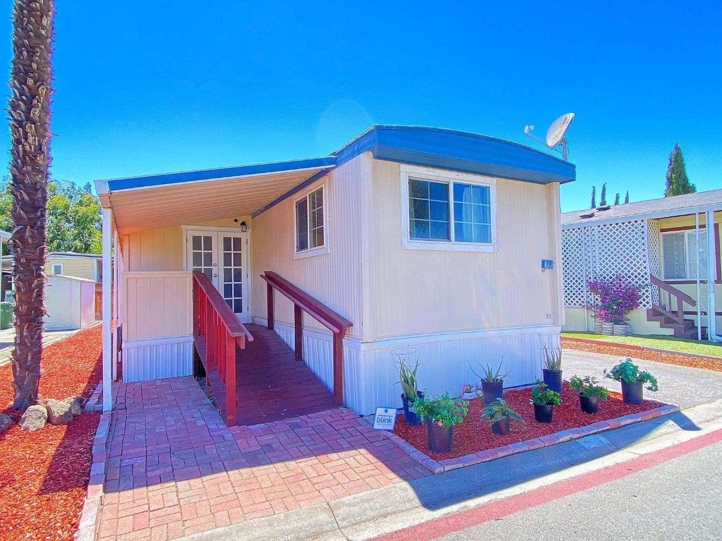 Detail Gallery Image 1 of 1 For 6130 Monterey Hwy #148,  San Jose,  CA 95138 - 2 Beds   2 Baths