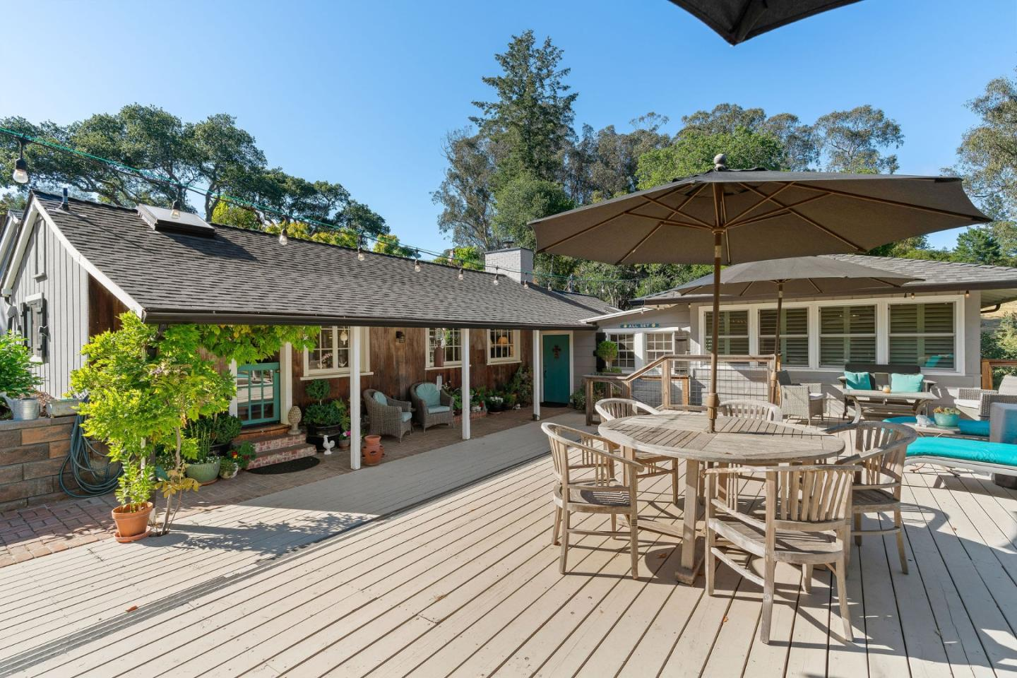 Detail Gallery Image 1 of 1 For 28 Clubhouse Rd, Santa Cruz,  CA 95060 - 4 Beds   3/1 Baths