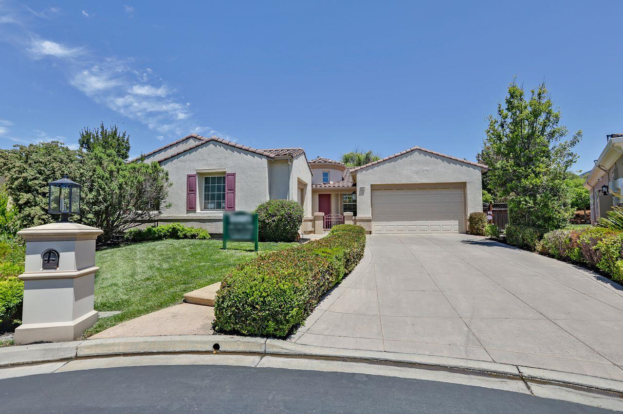 Detail Gallery Image 1 of 1 For 5827 Chesterfield Ct, San Jose,  CA 95138 - 4 Beds | 3/1 Baths