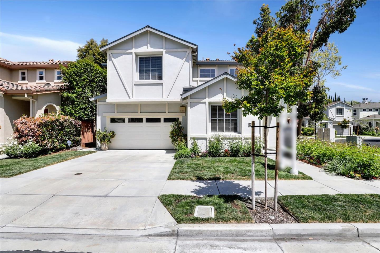 Detail Gallery Image 1 of 27 For 1768 Luxor Ct, San Jose,  CA 95126 - 4 Beds | 2/1 Baths