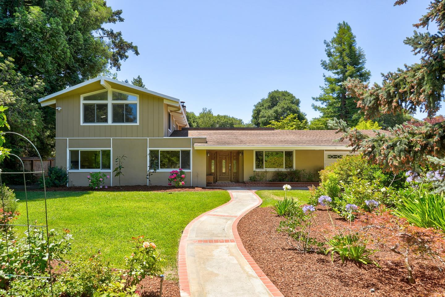 Detail Gallery Image 1 of 1 For 981 Colby Ave, Menlo Park,  CA 94025 - 4 Beds | 2 Baths