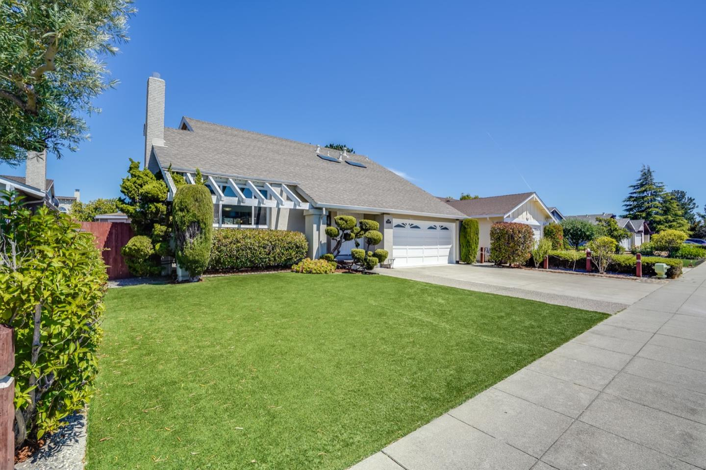 Detail Gallery Image 1 of 1 For 330 Port Royal Ave, Foster City,  CA 94404 - 4 Beds | 2/1 Baths
