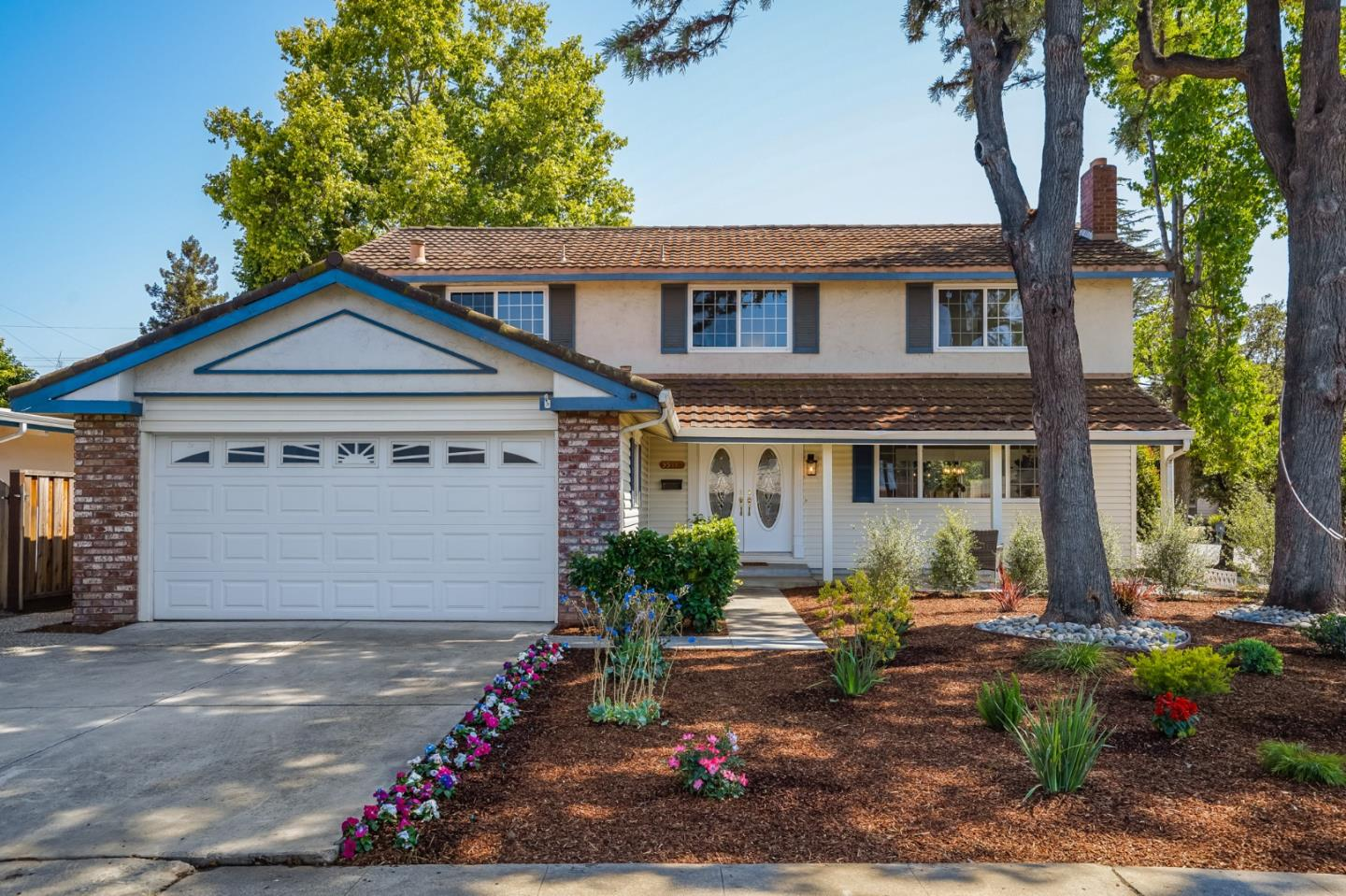 Detail Gallery Image 1 of 1 For 5548 Bollinger Rd, San Jose,  CA 95129 - 5 Beds   3 Baths