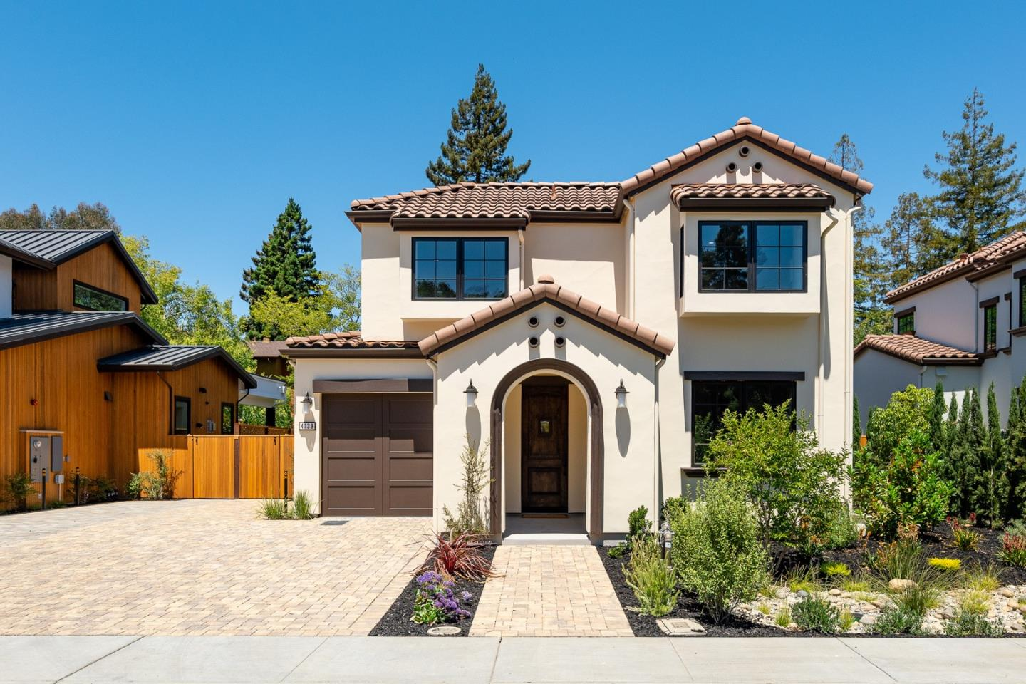 Detail Gallery Image 1 of 30 For 4139 Orchard Ct, Palo Alto,  CA 94306 - 5 Beds | 4/2 Baths