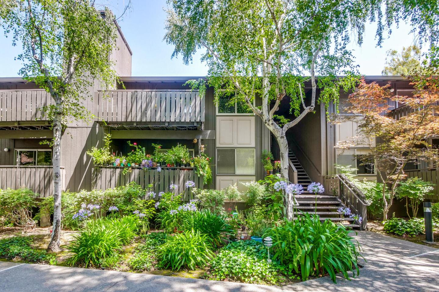 Tastefully remodeled condo in the Brookview Homes community.  Just minutes away from Downtown, CalTrain, Shoppings, Parks, as well as the German and Yew Chung International School.  Across the Street is the entrance to Stevens Creek Trail that leads to Downtown, Google campuses, and San Francisco Bay Trail.  This upstairs unit features dual pane windows, brand new carpet, energy-efficient LED recessed lights, remodeled kitchen w/ brand new stainless steel appliances, additional storage, and more.  Just minutes away from Downtown, CalTrain, Shoppings, Hwy 101 & 85, as well as the German and Yew Chung International School.  Across the Street is the entrance to Stevens Creek Trail that leads to Downtown, Google campuses, and San Francisco Bay Trail.  With lush landscaping and matured trees all around, this condo has it all.