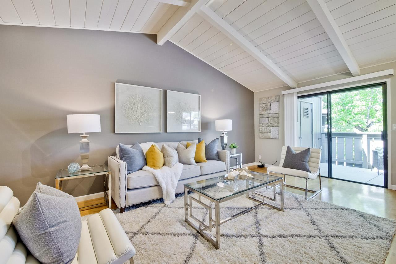 Detail Gallery Image 1 of 1 For 14347 Saratoga Ave #B,  Saratoga,  CA 95070 - 2 Beds | 2 Baths