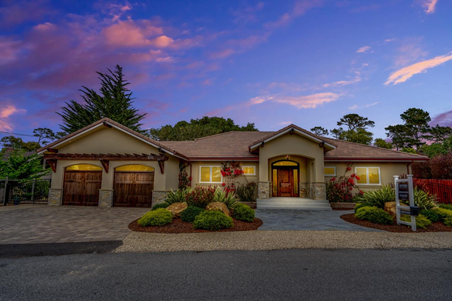 1070 Trappers TRL, PEBBLE BEACH, CA 93953