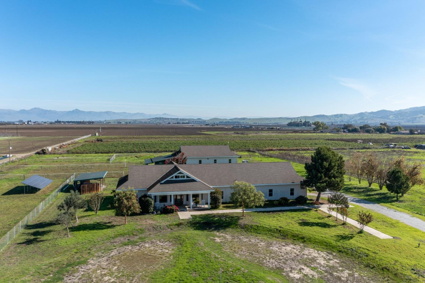 Detail Gallery Image 1 of 68 For 225 Lucy Brown Rd, San Juan Bautista,  CA 95045 - 4 Beds   3 Baths
