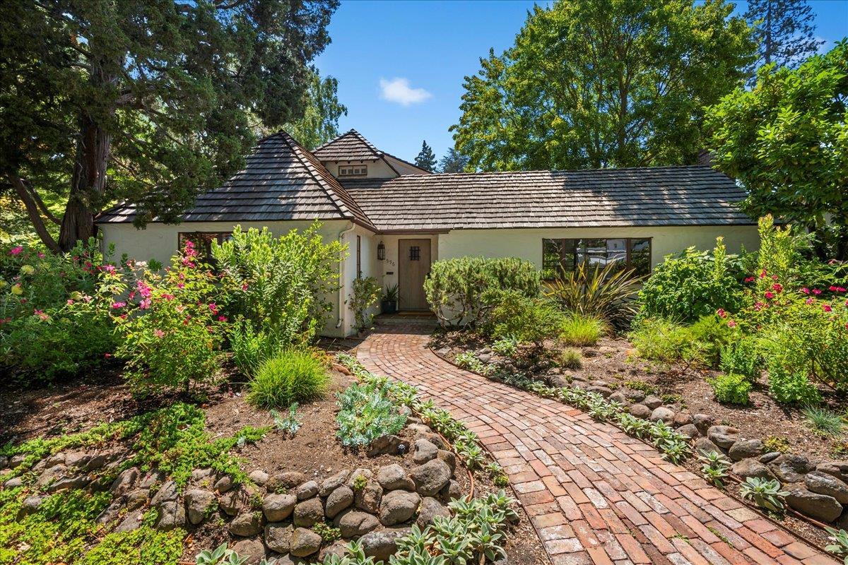 596 N California AVE Palo Alto CA 94301