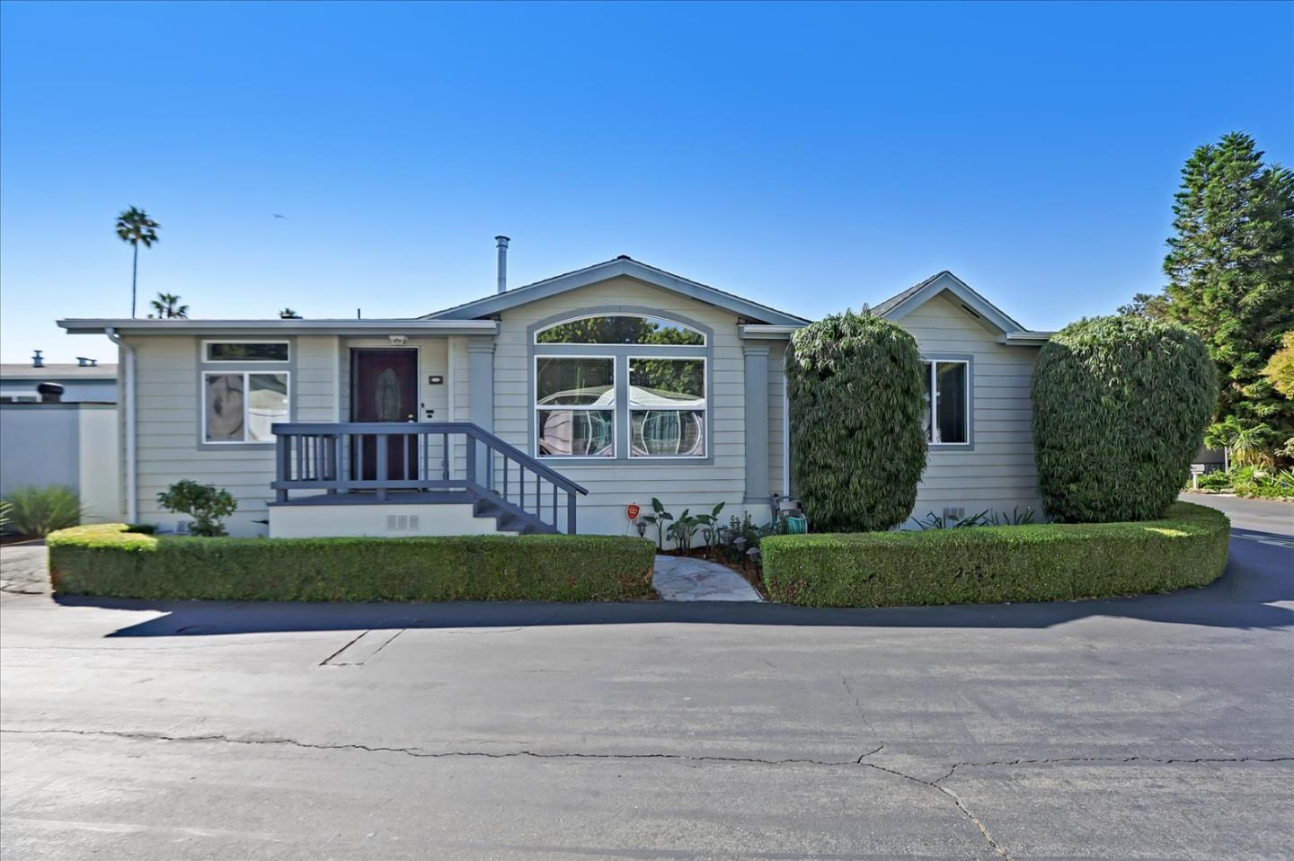 Detail Gallery Image 1 of 40 For 1075 Space Park Way #328,  Mountain View,  CA 94043 - 3 Beds | 2 Baths