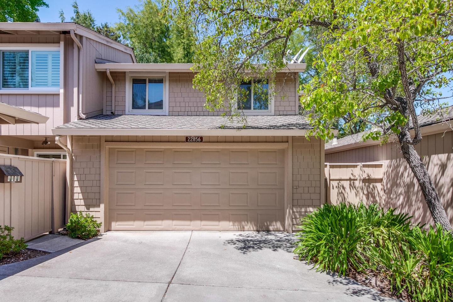 Detail Gallery Image 1 of 1 For 22856 Poplar Grove Sq, Cupertino,  CA 95014 - 4 Beds   2/1 Baths
