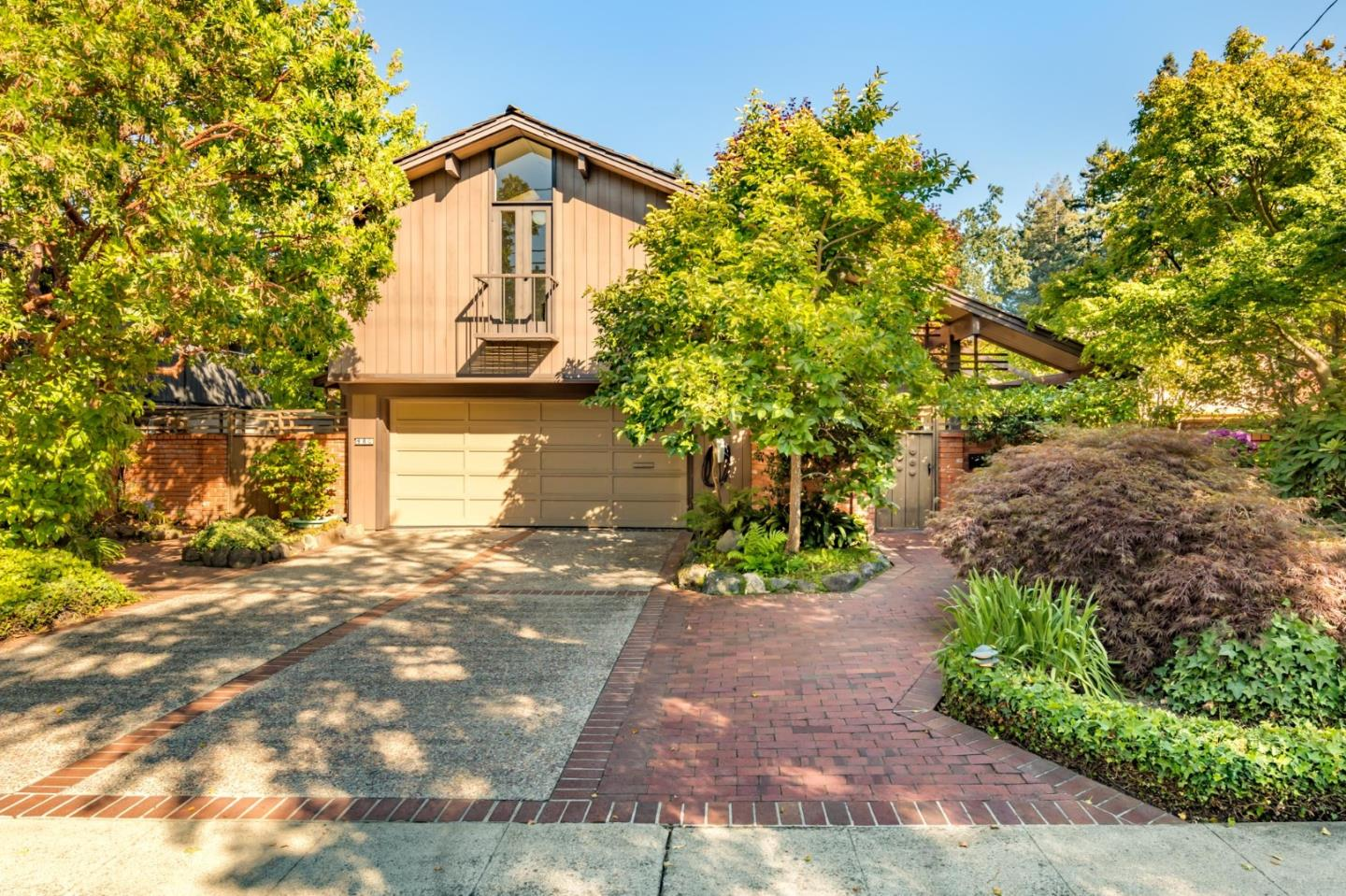 Detail Gallery Image 1 of 1 For 480 Melville Ave, Palo Alto,  CA 94301 - 3 Beds | 2/1 Baths