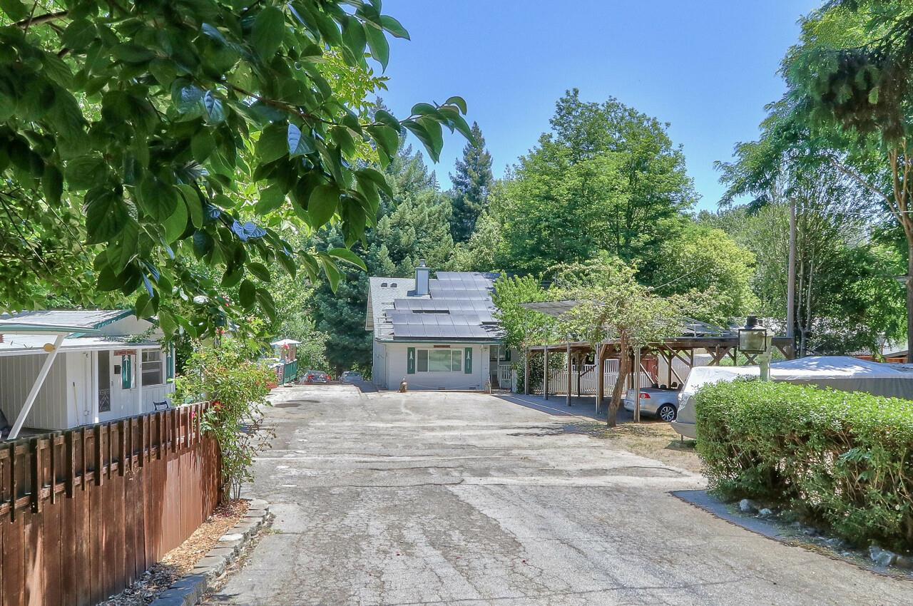 Detail Gallery Image 1 of 40 For 6440 Highway 9, Felton,  CA 95018 - 4 Beds   3 Baths