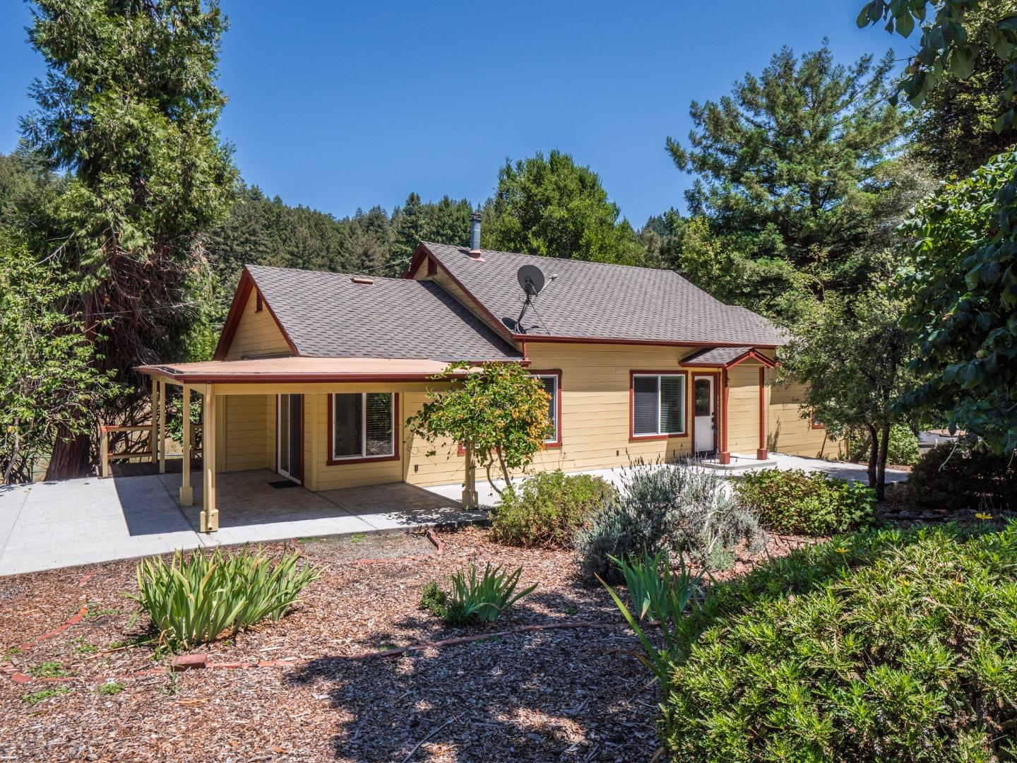 Detail Gallery Image 1 of 1 For 4015 Trout Gulch Rd, Aptos,  CA 95003 - 2 Beds | 2 Baths