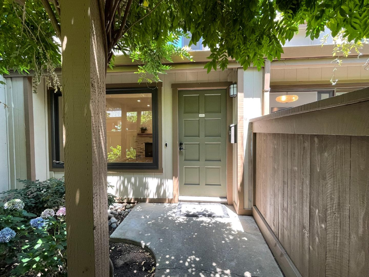 49 Showers Dr. L471 Mountain View CA 94040