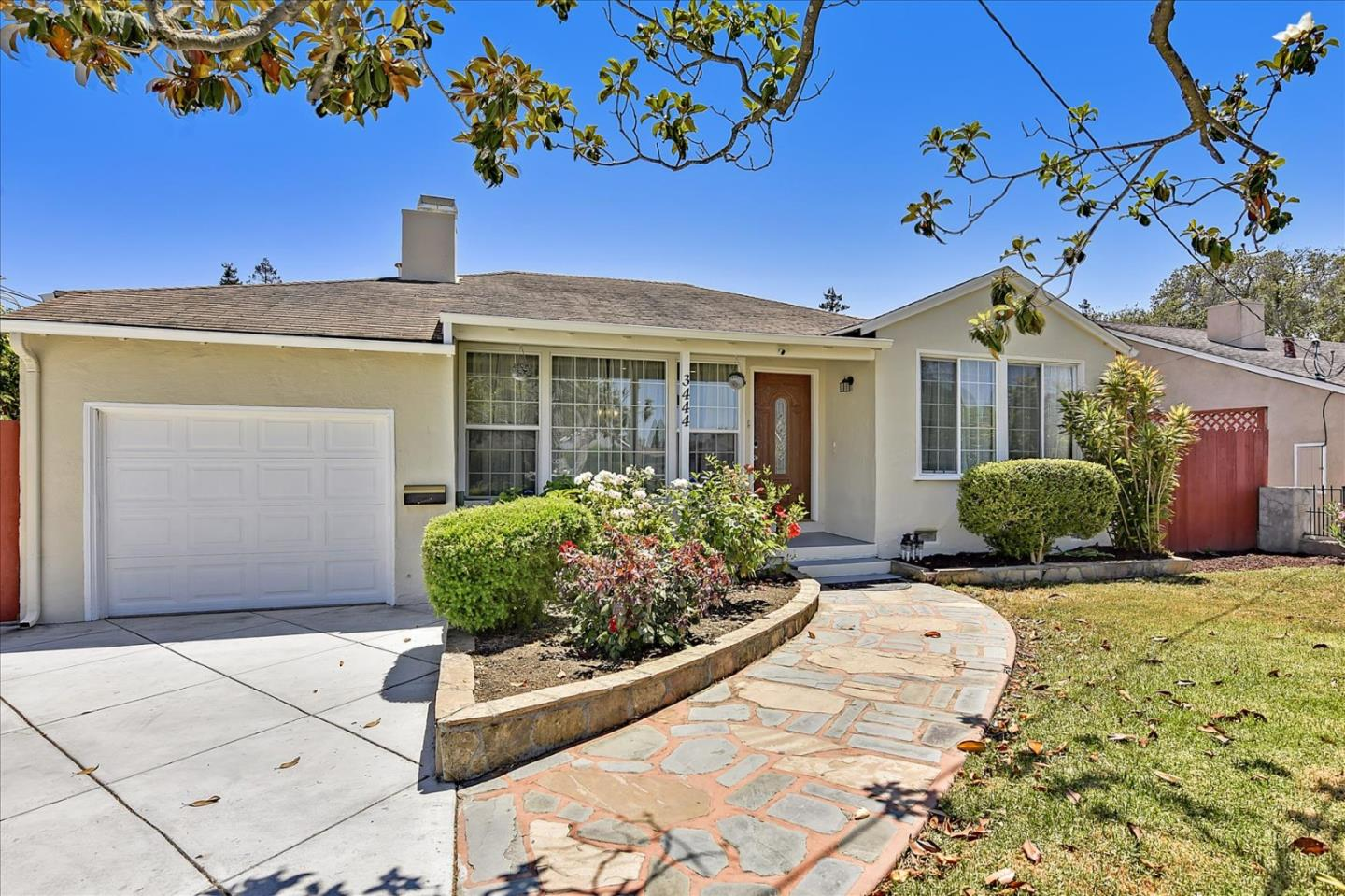 Detail Gallery Image 1 of 1 For 3444 Spring St, Redwood City,  CA 94063 - 3 Beds   2 Baths