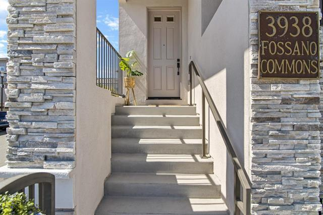 ****** Very RARE to own your dream home in BEST Irvington High School District l!! **** The BIGGEST interior size townhouse 1818 SQ FT with the Irvington high school in the neighborhood *** Low HOA $286 ! ***Home features; Almost NEW !! Only 3 yr old young, 3 Master Suites, and 3.5 baths. Premium end unit lot w/ privacy. Junior Suite on the Ground Floor can be used for parents' zoom rm or guest rm, or in-law rm. Spacious Livingroom offers Gas-Burning Fireplace & Large Slider. The kitchen has Quartz Countertop & Full Backsplash, Upgraded Cabinets, 5-Burner Gas Range, Stainless Steel Appliances. 2 Master Suites on Top Floor have Walk-in Closets & Double-Pane Windows. Big 2-Car Garage. Dual Zone Central Heating & A/C System. Tankless water heater. Low HOA Due. Convenient Location to Schools, Shops, Parks, Library, Community Center, Supermarket, Restaurants, and BART Station. Easy Access to Freeways I-880 & I-680. Must see one. Offer reviewed soon!