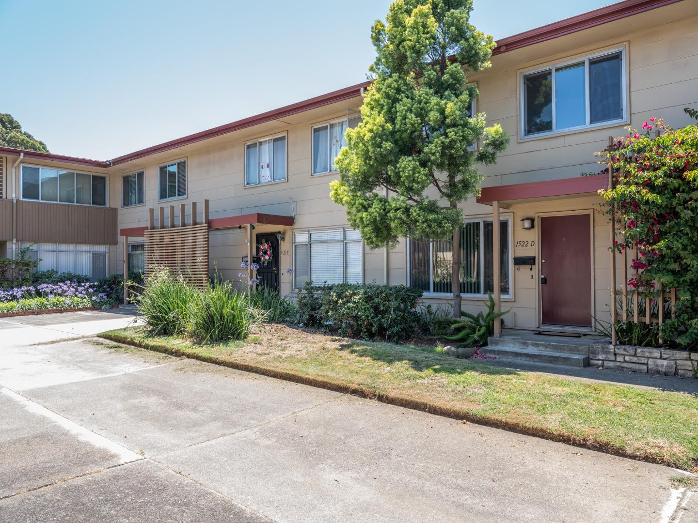 Detail Gallery Image 1 of 1 For 1522 Day Ave #D,  San Mateo,  CA 94403 - 3 Beds   1/1 Baths