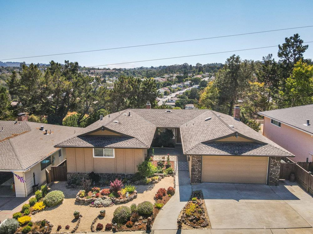 Detail Gallery Image 1 of 1 For 3344 Countryside Dr, San Mateo,  CA 94403 - 3 Beds   2 Baths
