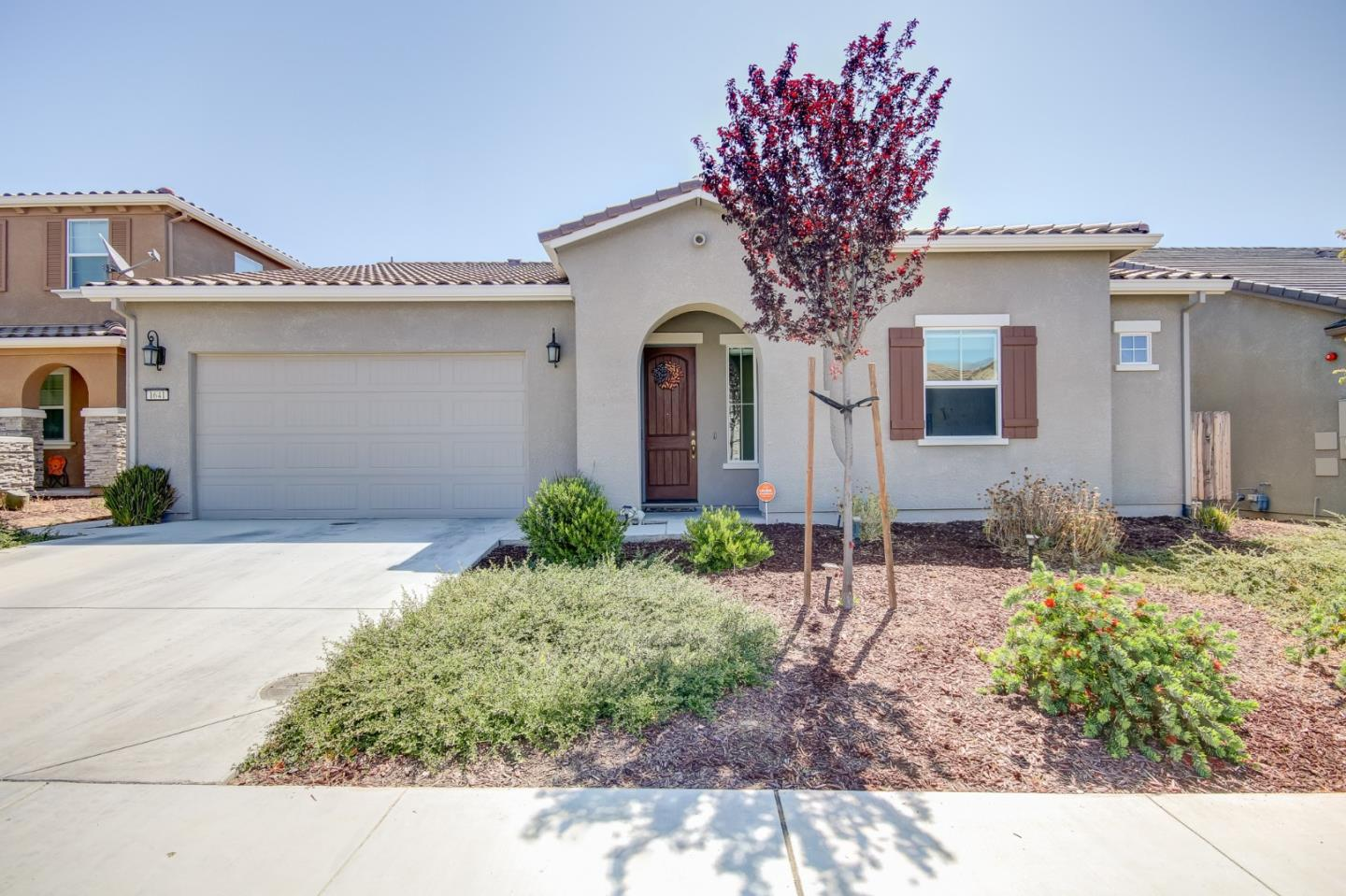 Detail Gallery Image 1 of 1 For 1641 Lily Ct, Hollister,  CA 95023 - 3 Beds | 2 Baths