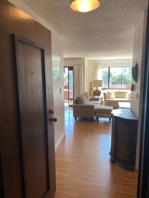 Detail Gallery Image 1 of 1 For 490 Mariners Island Blvd #102,  San Mateo,  CA 94404 - 1 Beds   1 Baths